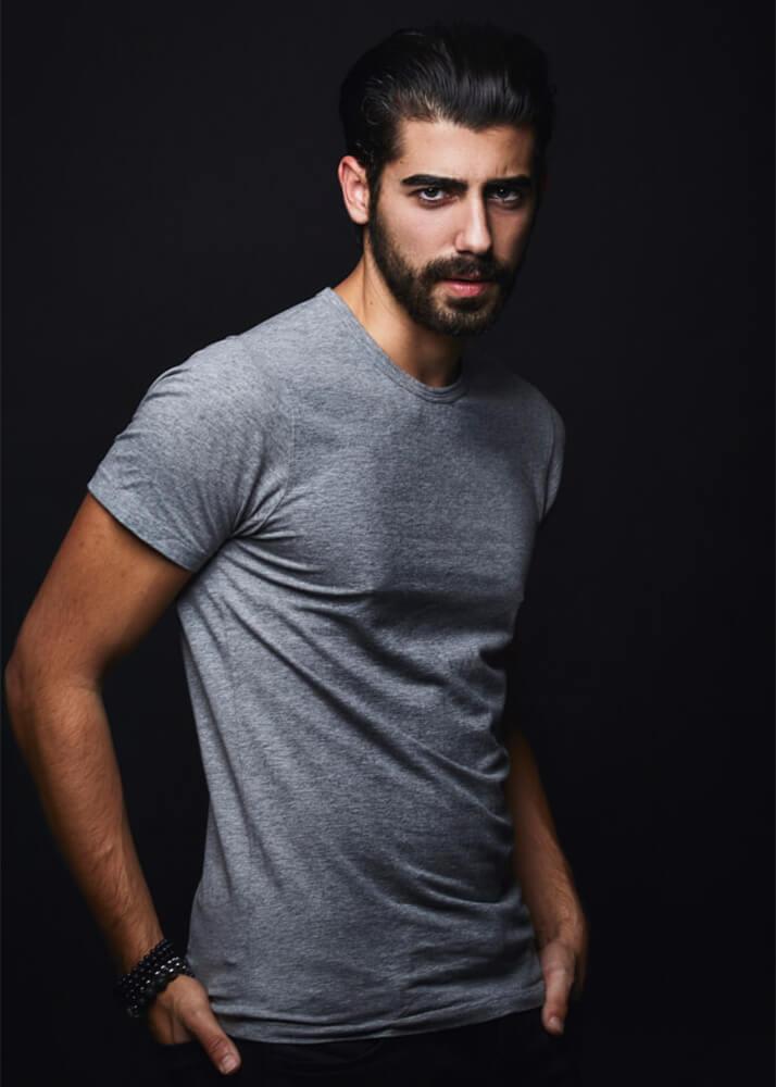 Álvaro S modelo masculino, actor y bailarín de la agencia Plugged Models