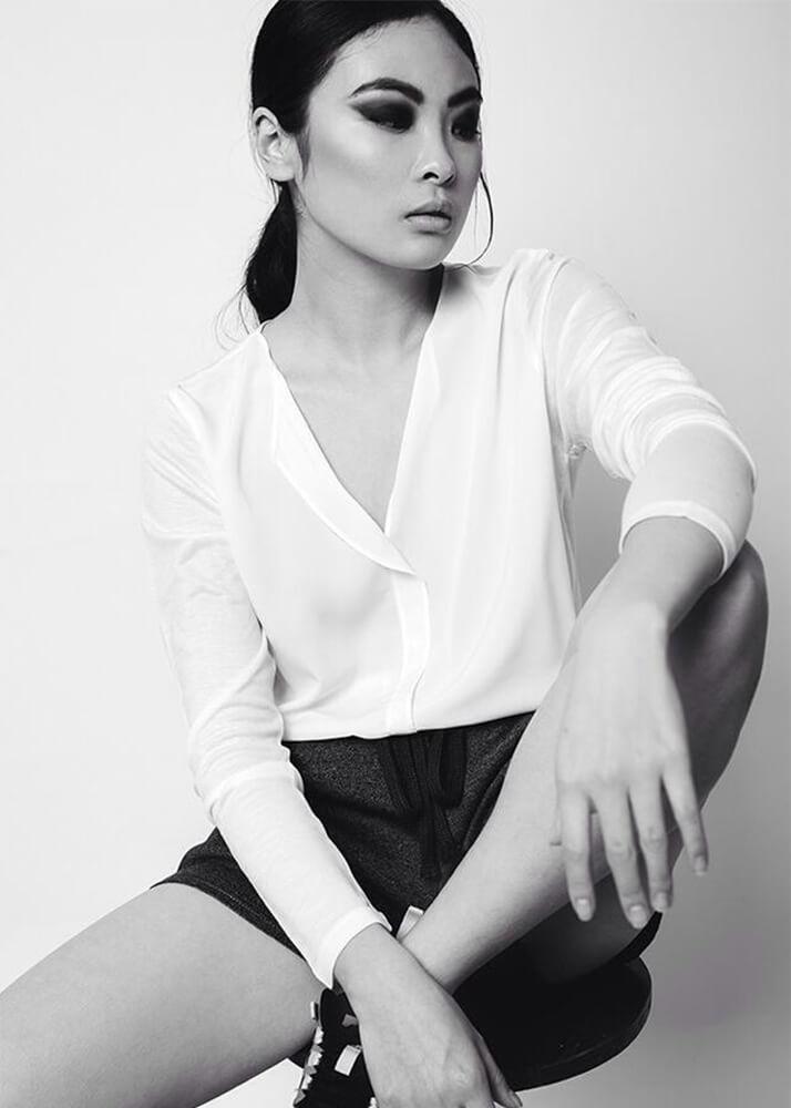 Chacha actriz modelo asiática de la agencia plugged models