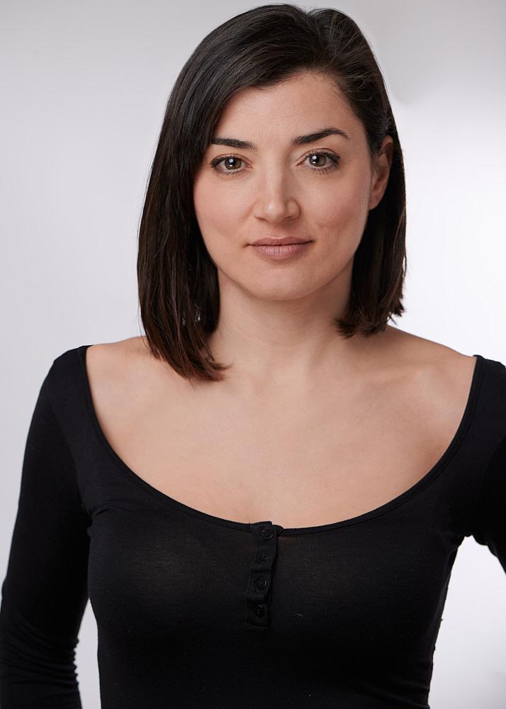 Clara R actriz y modelo de la Agencia Plugged Models