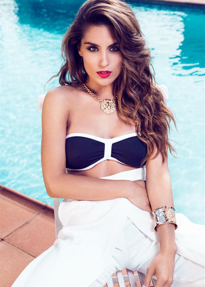 Claudia F Modelo Femenina de la Agencia Plugged Models
