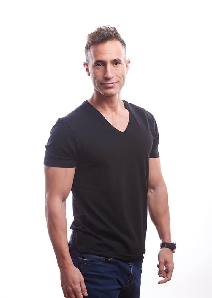 Freddy L actor y modelo de la Agencia Plugged Models