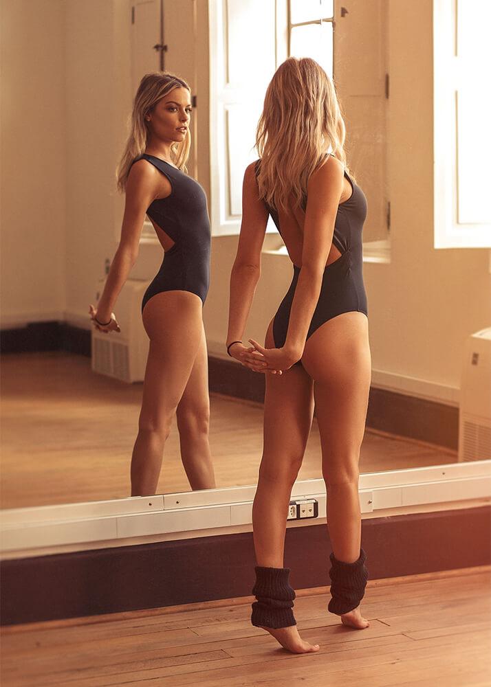 Gabriela F Modelo Femenina y Bailarina de la Agencia Plugged Models
