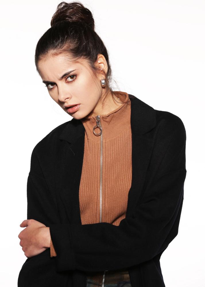 Henar B modelo femenina de la Agencia Plugged Models