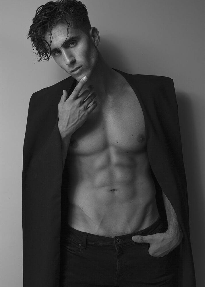 José Manuel P Modelo Masculino de la Agencia Plugged Models