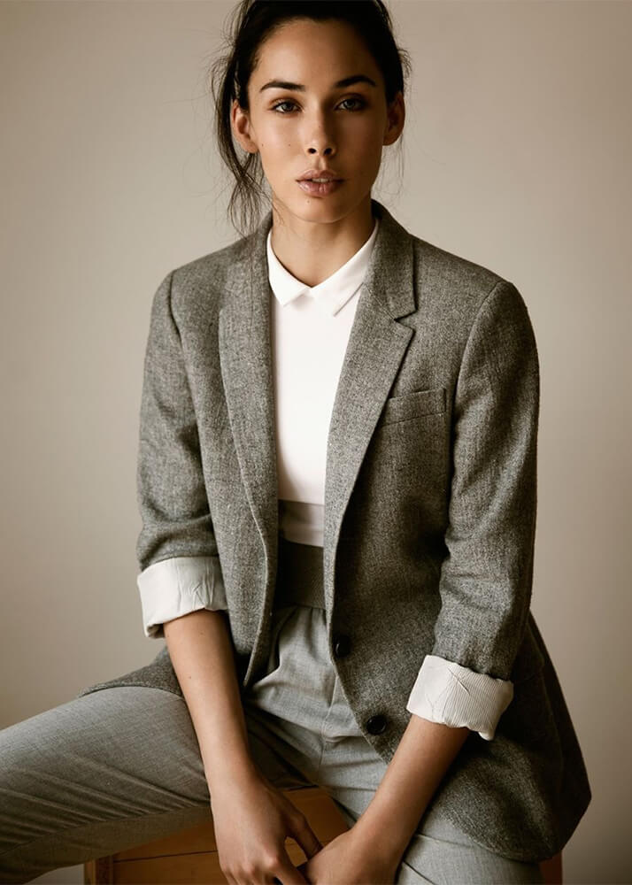 Lucía A modelo femenina de la Agencia Plugged Models
