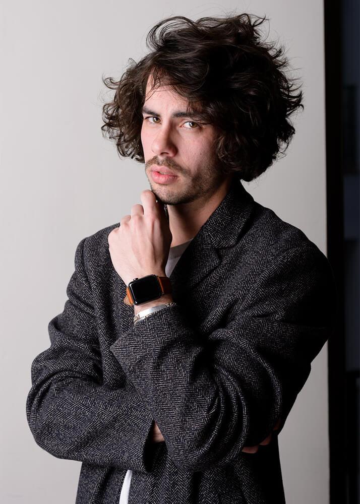 Luis C modelo masculino publicitario de la Agencia Plugged Models
