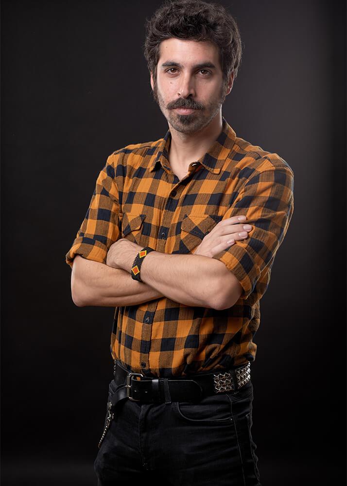 Mateo G modelo masculino publicitario de la Agencia Plugged Models