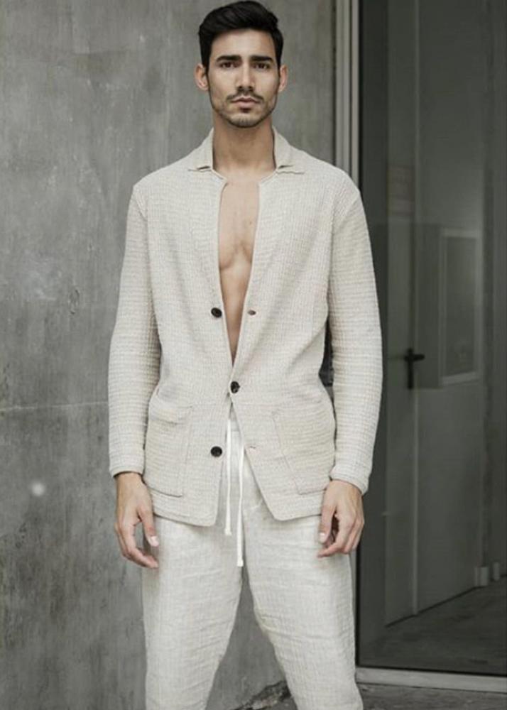 Michel P Modelo Masculino de la Agencia Plugged Models
