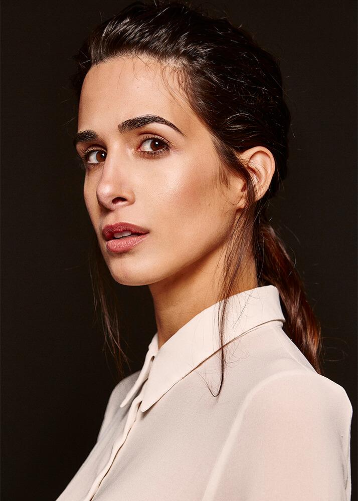 Myriam F modelo femenina de la Agencia Plugged Models