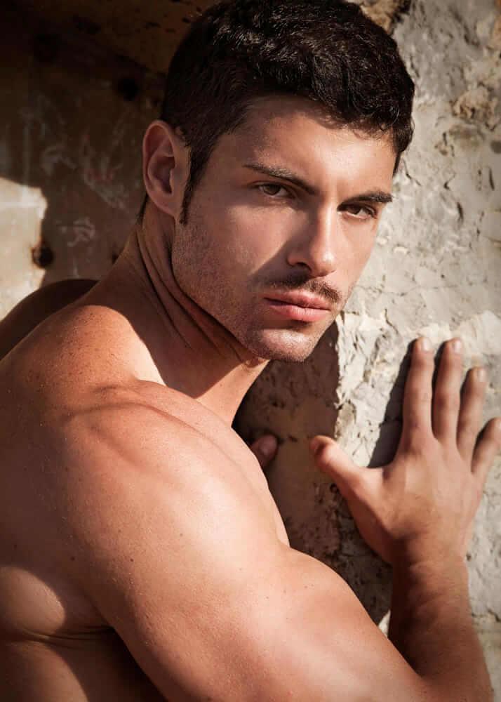 Pau S bailarín y modelo masculino de la Agencia Plugged Models