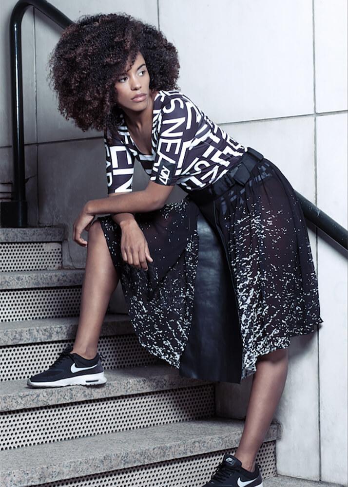 Rouse F modelo femenina de la Agencia Plugged Models