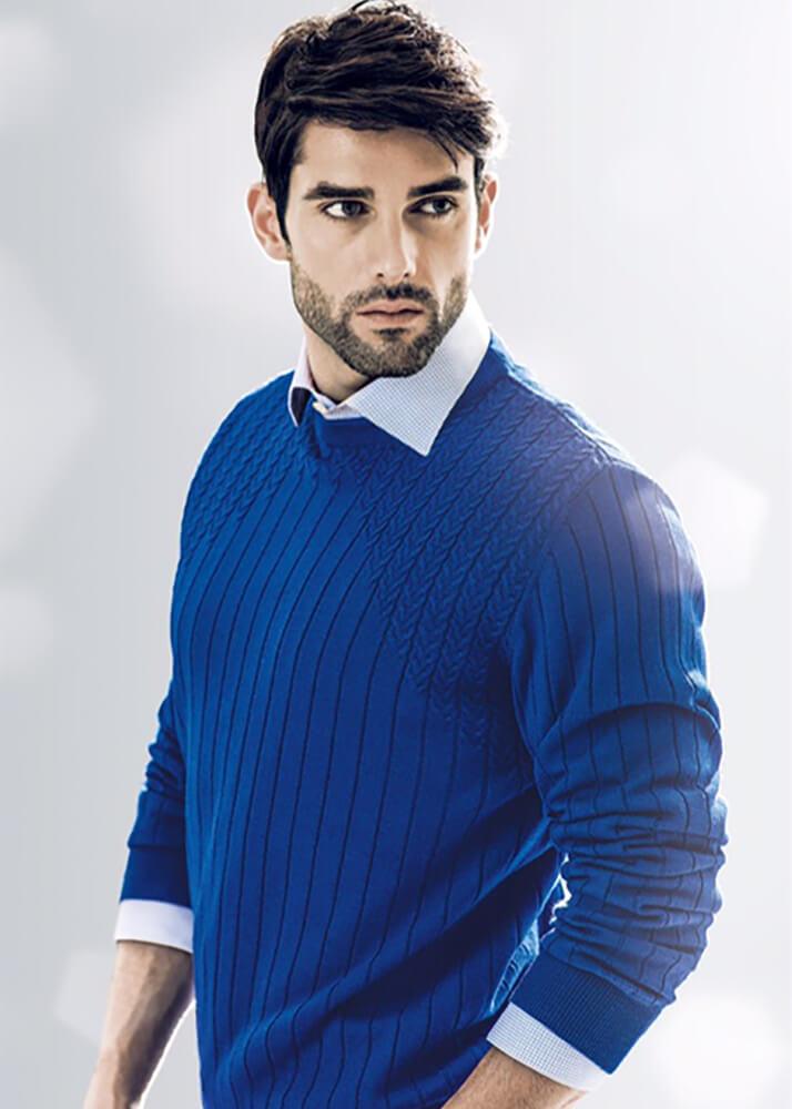 Salvador C modelo masculino de la Agencia Plugged Models