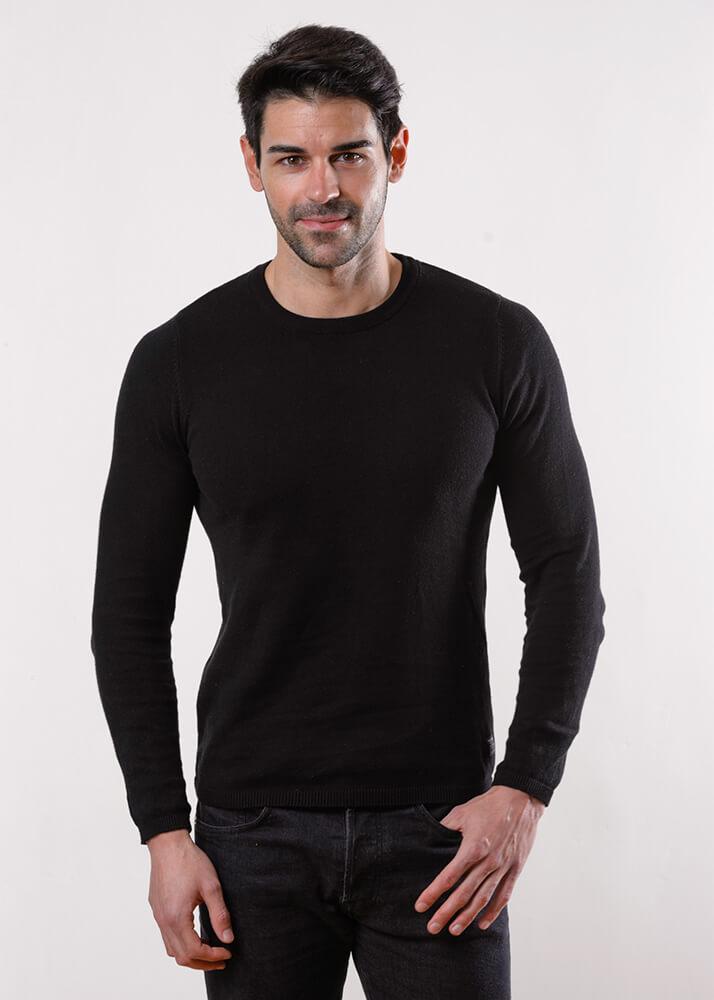 Samuel A modelo masculino de la Agencia Plugged Models