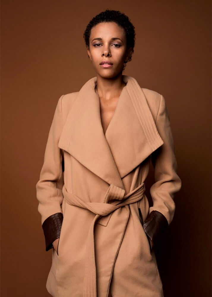 Tatiana A modelo femenina de la Agencia Plugged Models