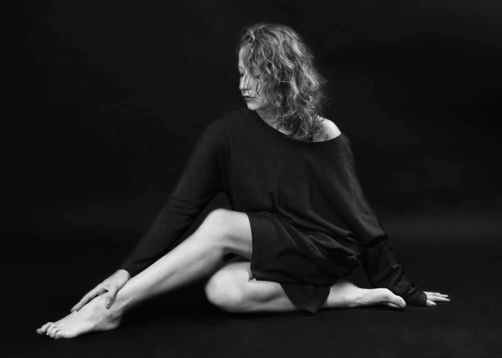 Laura B. bailarina y perfil publicitario Plugged Models Mgmt