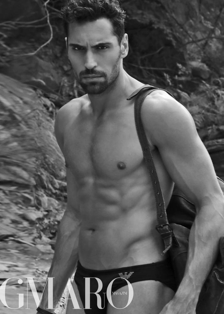 Daniele C modelo masculino Plugged Models