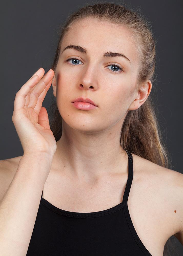 Estibaliz R dancer and actress Plugged Models
