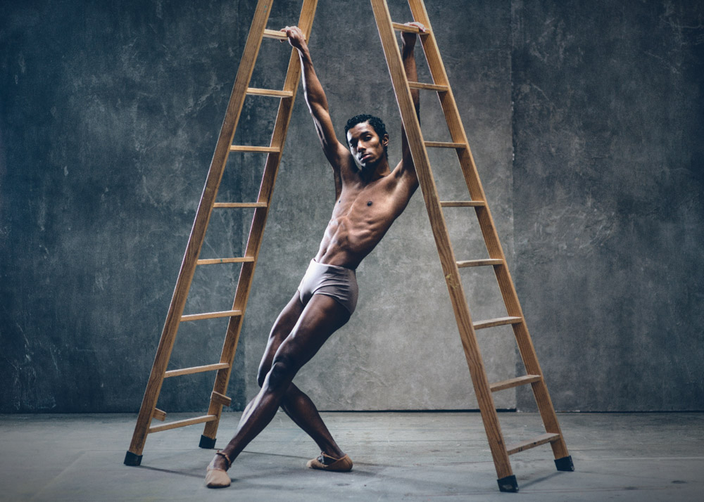 Venancio S male dancer¡ Plugged Models