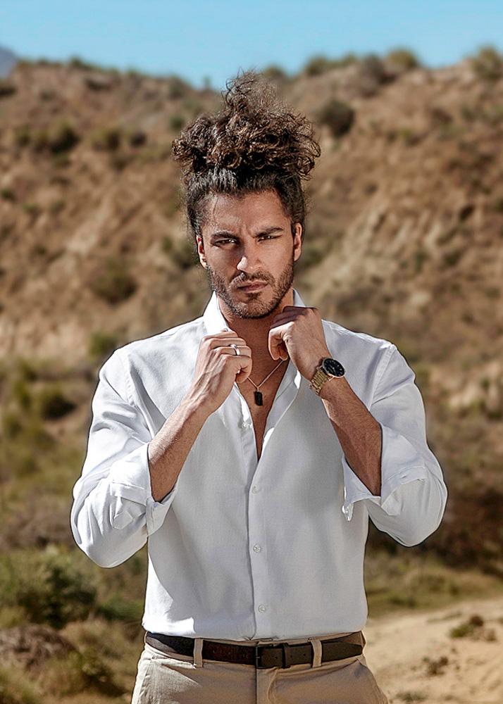 Firás A modelo masculino Plugged Models